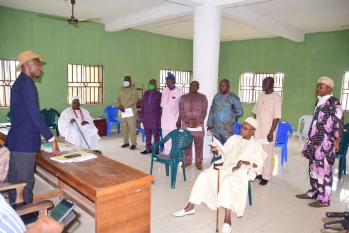 OSHALOTO SETS UP ASSETS RECOVERY, REHABILITATION COMMITTEE FOR YAGBA WEST …Arosayin Head Committee