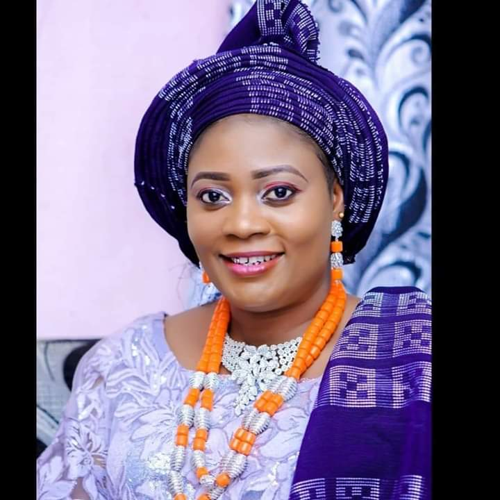 Covid-19: Iyalode Tolani Salawu organises 4-in-1 package for her community